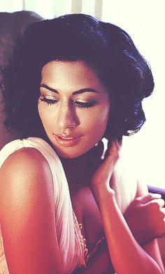 Chitrangada Singh. Love her skin adore her caramel complexion <3