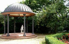 Erbach, Pavillon im Park von Schloss Reinhartshausen