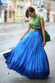 Discover this look wearing Blue Vintage Skirts, Chartreuse Worn As Top Vintage Dresses - Degrade by Chaba styled for Chic, Everyday in the Summer Vintage Skirt, Vintage Tops, Vintage Dresses, Fashion Gallery, Dream Dress, Tie Dye Skirt, Dress Outfits, Glamour, Street Style