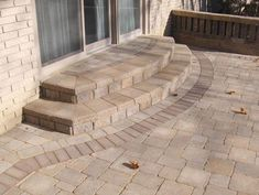 40 Ideas for brick patio steps french doors Patio Steps, Brick Steps, Outdoor Steps, Concrete Patios, Porches, Brick Porch, Front Porch, Brick Paving, Brick Paver Patio