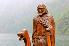 Uppsala, Viking Religion, Saxon Chronicles, History Of Norway, Anglo Saxon Chronicle, Erik The Red, Norse People, English Army, Norwegian Vikings
