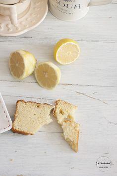 Bizcocho esponjoso de nata y limón