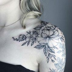 Yarinas Black and Gray Nature Tattoos