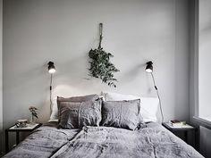 L'eucalyptus est bien plus qu'un feuillage. C'est la touche green, minimaliste et poétique, que tout intérieur branché se doit d'avoir !