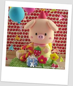Lovely piggy birthday cake topper | Flickr – Compartilhamento de fotos!