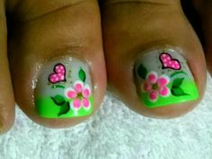 Modern Nail Art Designs that Are Too Cute to Resist Cute Toe Nails, Cute Nail Art, Pretty Nails, My Nails, Pedicure Designs, Toe Nail Designs, Feet Nail Design, Nails Design, Cute Pedicures