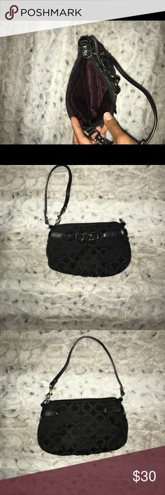 COACH wristlet black COACH wristlet black Coach Bags Clutches & Wristlets