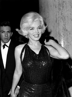 We Celebrate Marilyn Monroes Birthday With A Look At Her Best Style Moments (PHOTOS)