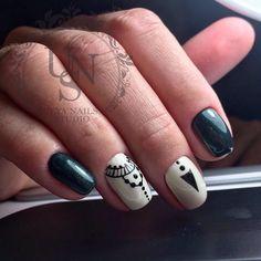 Black pattern nails, brilliant nails, Evening short nails, Nacre nails, Painted nail designs, Party nails ideas, Pearl nails, Short nails 2017