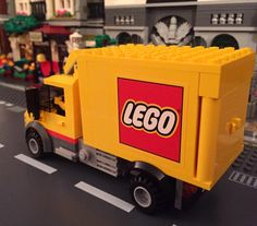Look what was spotted driving through the streets of the Ardain Bricks Lego city! Marvel And Dc Superheroes, Lego Brick, Lego City, Bricks, Instagram Posts, Lego Blocks, Brick