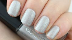 Catrice Never No To Holo nailpolish