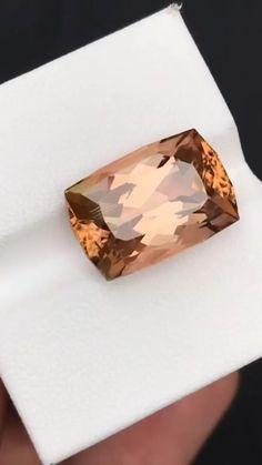 Types Of Diamonds, Fossils, New York City, Las Vegas, Emerald, Paris, Abstract Paintings, Gemstones, Crystals