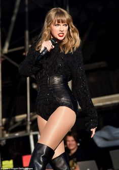 Singing up a storm: Taylor Swift has reportedly fired her close friend Toshi from his role. Taylor Swift Legs, Taylor Swift Concert, Taylor Swift Style, Taylor Alison Swift, Taylor Cole, Swift 3, American Music Awards, Selena And Taylor, In Pantyhose