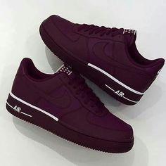 8f8abdb50 Tênis Nike, Sapato Tumblr, Sapatos Lindos, Roupas Femininas, Calças  Femininas, Sapatos