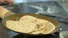 Chapati, Hummus, Food And Drink, Ethnic Recipes, Tv, Television Set, Television