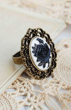Black ROSE CAMEO Ring Antique Style Filigree