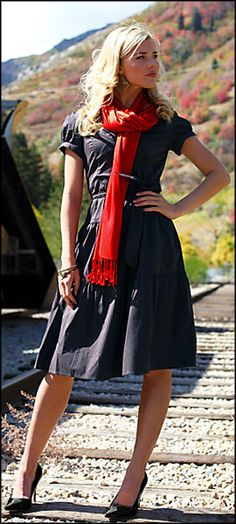 another pretty dress pick...to make up for missing one yesterday.  Love the red scarf.