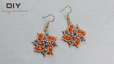 With beaded jewelry you can make your own customizable jewelry that is completely unique and fitting to your exact style. Making beaded jewelry is not very difficult and can, in fact, be a lot of fun. Beaded Earrings Patterns, Beaded Jewelry Designs, Beaded Brooch, Bead Jewellery, Seed Bead Earrings, Diy Earrings, Beading Patterns, Pearl Earrings, Wire Jewelry