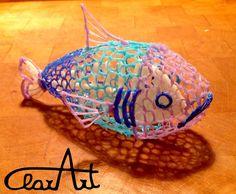 Oggi ragazzi voglio pubblicare un altro lavoro fatto con la 3D Pen:   s i tratta di un pesciolino con la superficie vuota che permette di in...