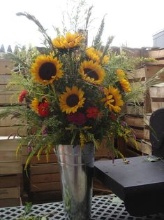 Gorgeous arrangement for country, rustic or barn wedding…. Gorgeous arrangement for country, rustic or barn wedding…. Sunflower Floral Arrangements, Summer Flower Arrangements, Sunflower Centerpieces, Wedding Arrangements, Altar Flowers, Church Flowers, Fall Flowers, Summer Flowers, Wedding Flowers