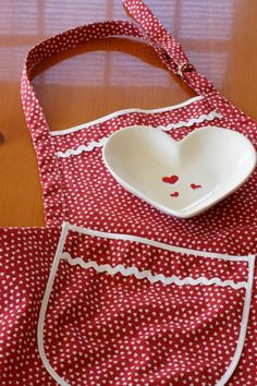 Cococtions - Everyday Flair Queen of Hearts Apron  Red and White by cococtions, $28.00