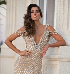 Miss Universe 2014 - Paulina Vega  THE Big collection of photos of beautiful girls on the beach, in the car, in the countryside. Look more... #beautifulgirls #sexygirl