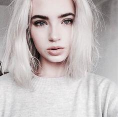 Порно девочки с короткими волосами