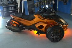 CanAm Spyder 2013 Custom LED lighting
