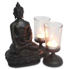 The specially designed hamper includes an 8 inches high calm Buddha figurine and two beautiful glass lanterns 5 inches each with tea lights. This is absolutely perfect to gift to your loved ones on the auspicious occasion of Diwali.