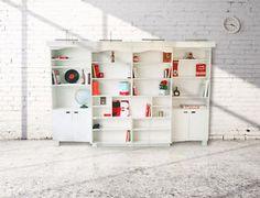 Bibliothèque-lit Double.  Cette bibliothèque mobile peut supporter jusqu'à 500 kg et est très facile à ouvrir et refermer.