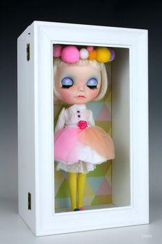 Aviva and her Magic box custom ooak Blythe doll by by Jodiedolls, €850.00