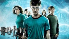 Harry Potter i Zakon Feniksa (2007) Dubbing PL – HD 720p - cały film online - Adaptacja piątego już tomu opowieści o młodym czarodzieju. Harry dorasta, jednak jest traktowany jak niepoważny dzieciak. Ministerstwo Magii ze wszystkich sił stara się zdyskredytować pogłoski o powrocie Sam Wiesz Kogo i ośmiesza Harry'ego. Kiedy w okolicach domu na Privet Driver, gdzie Harry spędza wakacje, pojawiają się Dementorzy i Harry używa magii obronnej, Ministerstwo chce go wyrzucić ze szkoły. To jednak…