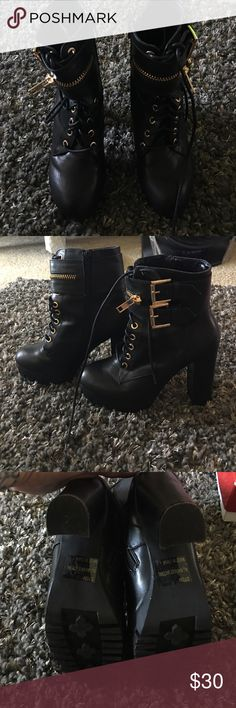 ⭐️FINAL MARKDOWN⭐️Shi by journey brand new Brand new with no box black with gold buckles and zippered sides combat high heeled booties Shi Shoes