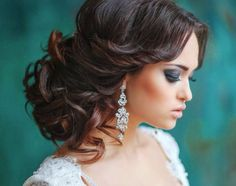 25 Special Occasion Hairstyles - curly wedding updo for medium hair Wedding Hairstyles For Long Hair, Wedding Hair And Makeup, Bride Hairstyles, Pretty Hairstyles, Bridal Hair, Hair Makeup, Hairstyle Ideas, Hairstyles 2016, Elegant Hairstyles