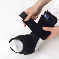 Active Ankle Dns Dorsal Night Splint Small (men 5-10 Women 5-9 1/2)   Active Ankle Dns Dorsal Night Splint Small (men 5-10 Women 5-9 1/2) A night splint can't be effective unless a patient wears it. Now there's a brace so comfortable they will. The Active Ankle Dorsal Night Splint has been designed to comfortably hold the foot in a neutral position during sleep, thereby helping to alleviate the morning pain and discomfort associated with plantar fasciitis (heel spur). Benefits: •Low ..
