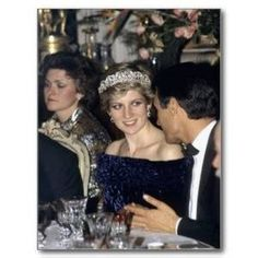 February 11, 1987: Princess Diana at a dinner hosted by President Mario Soares at The Ajuda Palace in Lisbon, Portugal.