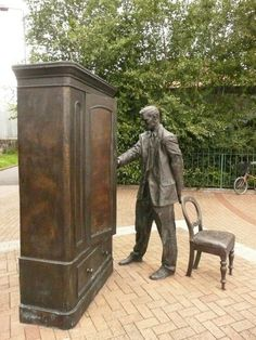 C. S. Lewis statue in Belfast, Northern Ireland.
