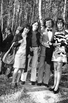 1974 Кира Сапгир, Аида Сычёва, Эдуард Лимонов, Елена Щапова, Ян Сатуновский   Москва, Измайлово.