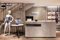 Mey lingerie store by Konrad Knoblauch, Constance – Germany Fashion Shop Interior, Shop Interior Design, Retail Design, Design Blog, Layout Design, Lingerie Store Design, Underwear Store, Showroom Design, Retail Interior