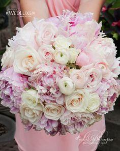 Jaw-Dropping Gorgeous Wedding Flower Ideas - bridal bouquet. Event Design: Rachel A. Clingen Wedding & Event Design; Photo: 5IVE15IFTEEN PHOTO COMPANY; Via Wedluxe