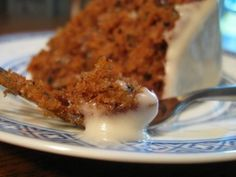 Vegan carrot cake - added pureed Golden circle fruit salad instead of apple sauce - used mixed spice instead of cinnamon - used brown sugar only - left out coconut End result - best carrot cake I've ever made, insanely moist. Baby Food Recipes, Dessert Recipes, Free Recipes, Bolo Vegan, Vegan Carrot Cakes, Carrot Cake Recipe With Baby Food, Think Food, Bariatric Recipes, Diabetic Recipes