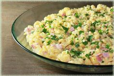 Kaese Spaetzle - German comfort food at its finest! Best Dishes, Main Dishes, Best German Food, Healthy Cooking, Cooking Recipes, Austrian Recipes, Good Food, Yummy Food, Salmon Dishes