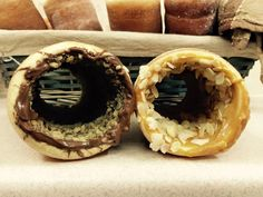 Kurtos Kalacs, Cake Oven, Chimney Cake, Cake Bakery, New Flavour, Churros, Cher, Doughnuts, Business Ideas