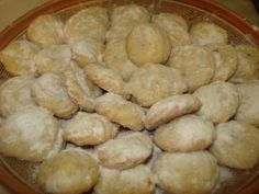 Fursecuri cu nuca 20 Min, Jamie Oliver, Healthy Eating, Yummy Food, Treats, Cookies, Homemade Food, Vegetables, Desserts