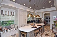 Cottage style kitchen with window seat bench and white cabinets Yellow Kitchen Walls, One Wall Kitchen, Window Seat Kitchen, Kitchen Cupboards, Kitchen Layout, Kitchen Ideas, Kitchen Designs, Small Kitchen Pictures, Small Modern Kitchens