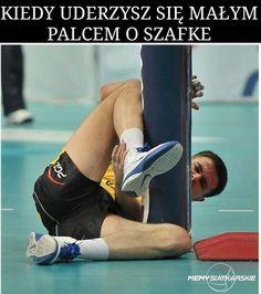 Ugh.  #siatkówka #volleyball #polishvolleybal #siatka #memysiatkarskie #MariuszWlazły #Wlazły #kapitan #polscysiatkarze #najlepsi #małypalec #likezalike #follow4follow #humor #humor #siatka #l4l #f4f #kapitanskry #Skrzaty #żółtoczarni #typowe #siatkarskiememy #beka #pge #goSkra #❤