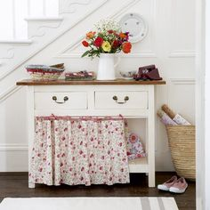 I love the idea of skirting an open console like this
