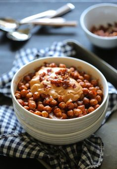 chickpea baked beans with barbecue bacon hummus www.climbinggriermountain.com