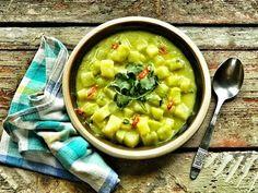 Currys karalábéfőzelék Healthy Dishes, Healthy Recipes, Warm Food, Cheeseburger Chowder, Sugar Free, Dairy Free, Oatmeal, Curry, Lime