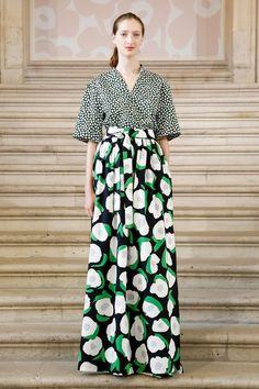 Marimekko Ready To Wear Spring Summer 2019 Paris Live Fashion, Fashion Show, Fashion Outfits, Women's Fashion, Marimekko Dress, Pattern Fashion, Runway Fashion, Kids Outfits, Ready To Wear